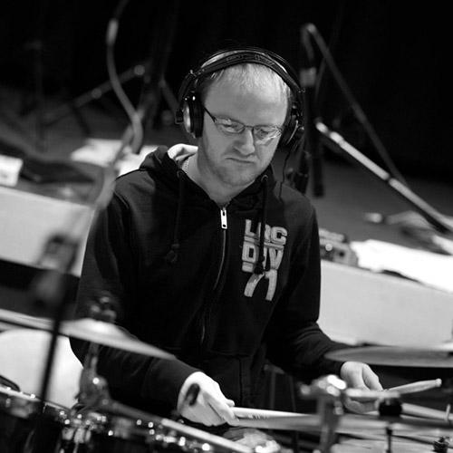 Ondřej Pomajsl – bicí/drums